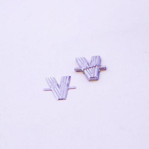 4Cm Silver Aluminium Letter V
